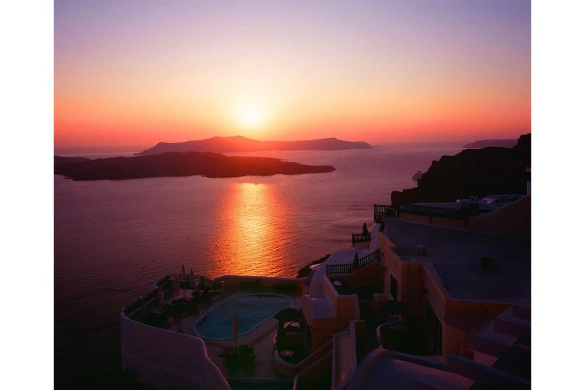 Caldera & Oia Sunset